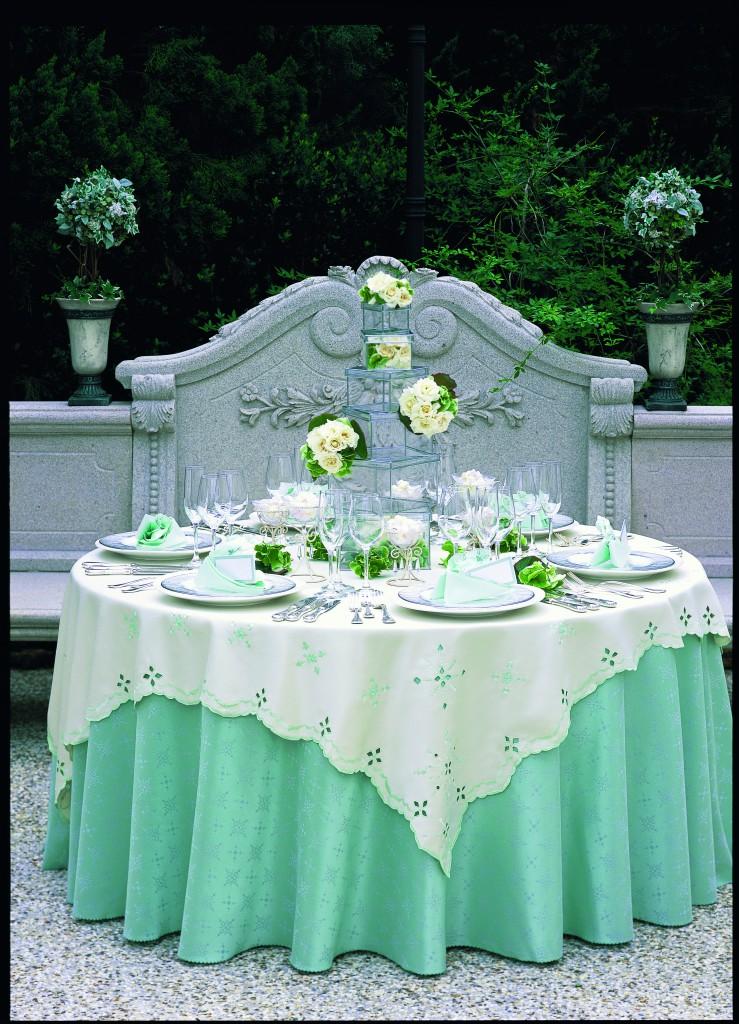 テーブル12